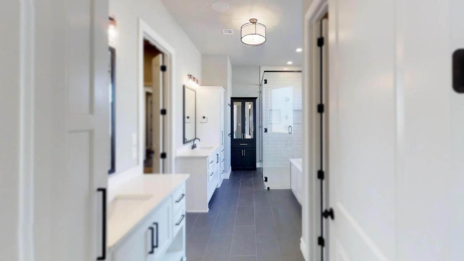 5 Bedrooms Bedrooms, ,6 BathroomsBathrooms,Custom Home,Home Plans,1046